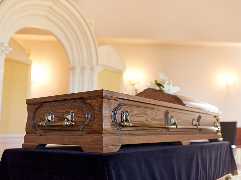 arranging a funeral with client